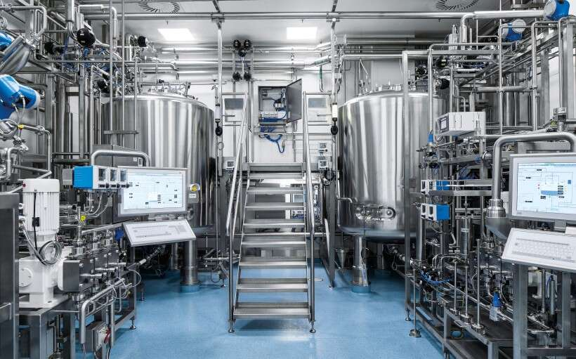 Control cabinets from Festo in the large-scale plasma fractionation plant
