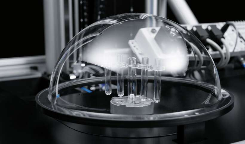 Festo SupraShuttle: contactless handling in a vacuum and a cleanroom