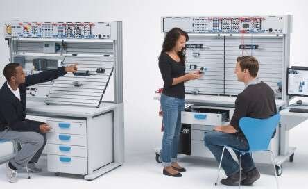 Learning systems-training packages-pneumatics